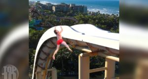 10 People Who FELL Off Waterslides! 4