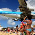 Top 10 Scariest Plane Takeoffs 5